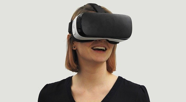 Immersive technologies for small businesses