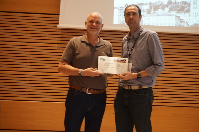 Web4All Challenge winners: Ted Drake (Intuit) and Carlos Duarte (LASIGE, Faculdade de Ciencias da Universidade de Lisboa)